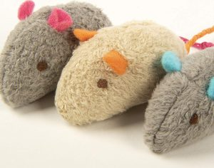 Beautiful Mice-Shaped Catnip Toys By SmartyKat